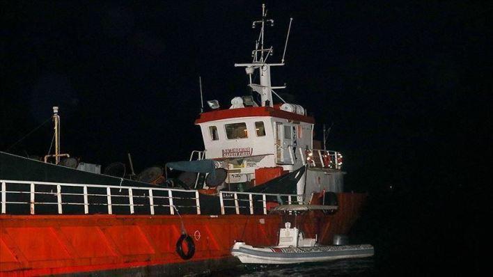 إيقاف 276 طالب لجوء في سفينة قبالة مدينة إزمير التركية