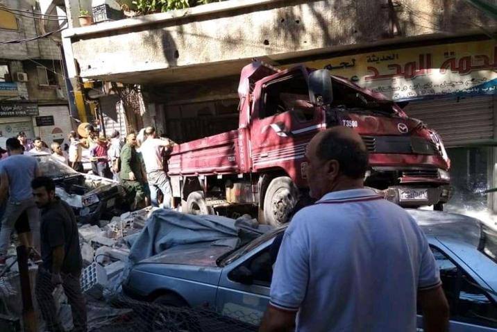 وفاة شخصين إثر انقلاب شاحنة في مدينة قدسيا بريف دمشق