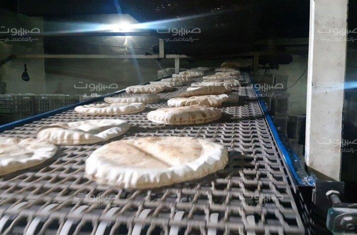 البدء بتنفيذ الآلية الجديدة لبيع الخبز بحسب عدد الأفراد