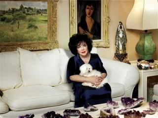 https://i2.wp.com/dameelizabethtaylor.com/photos/albums/userpics/10001/Harper_s_Bazaar_Aug_2006.jpg