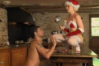 Santovu ženu píchá vánoční skřítek 3
