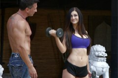Kendall Karson si zašuká s osobním trenérem