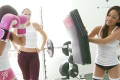 Lesbické zápasnice Ann Marie Rios a Jayla Starr
