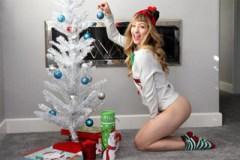 Vánoční erotika dvacítky Ivy Wolfe!