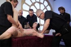 Hříšné orgie v kostele, aneb gang bang s jeptiškou!