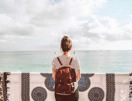 32 Simple Safety Tips For Female Travelers