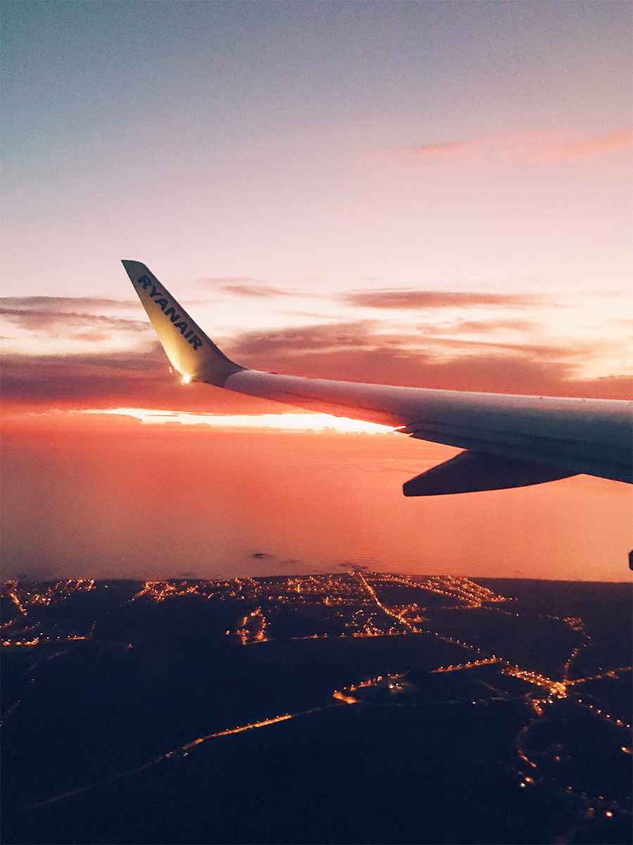 How To Survive A Red Eye Flight With Ease
