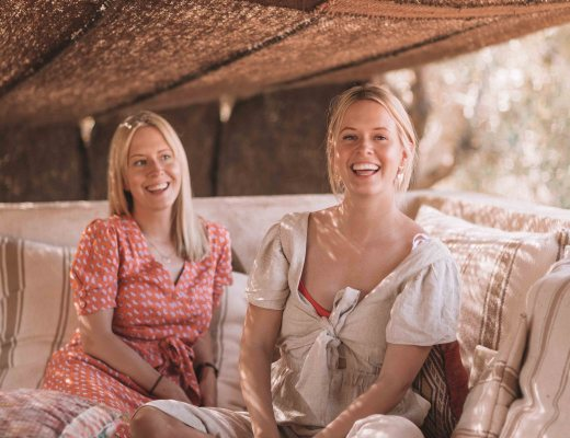 The Faces Of Dame Traveler: Meet Claire & Laura Jopson Of Twins That Travel