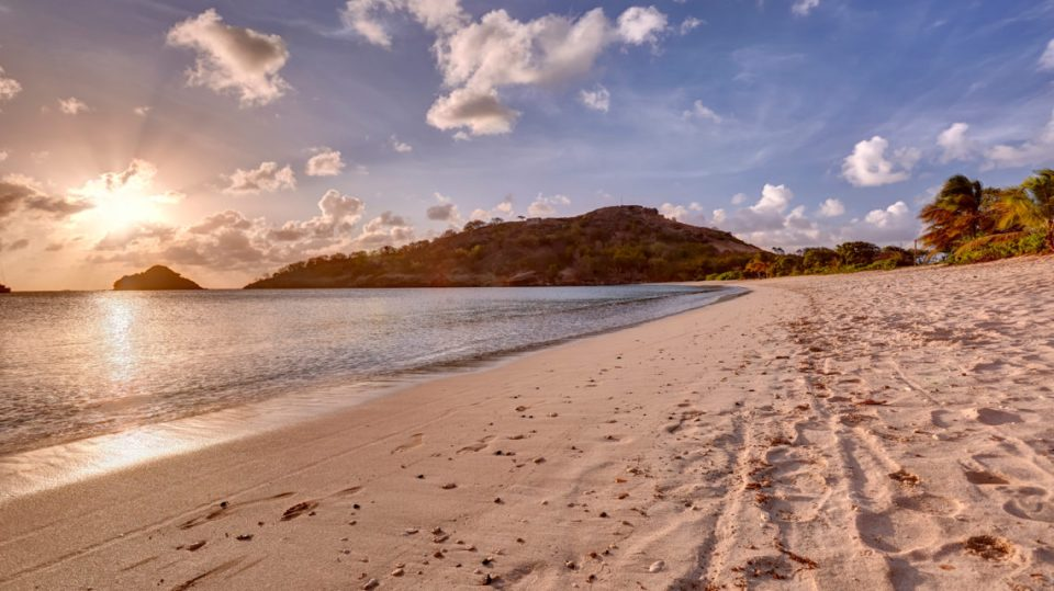 Royalton_Antigua_Beach_0007_LR