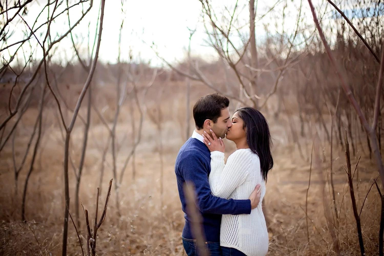Scarborough Bluffs Engagement Toronto Wedding Photographer
