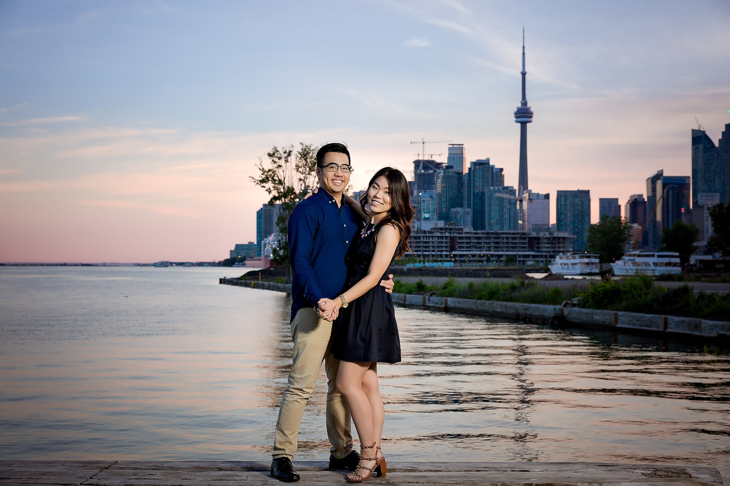 mujia-desmond-st-lawrence-the-waterfront-engagement-23