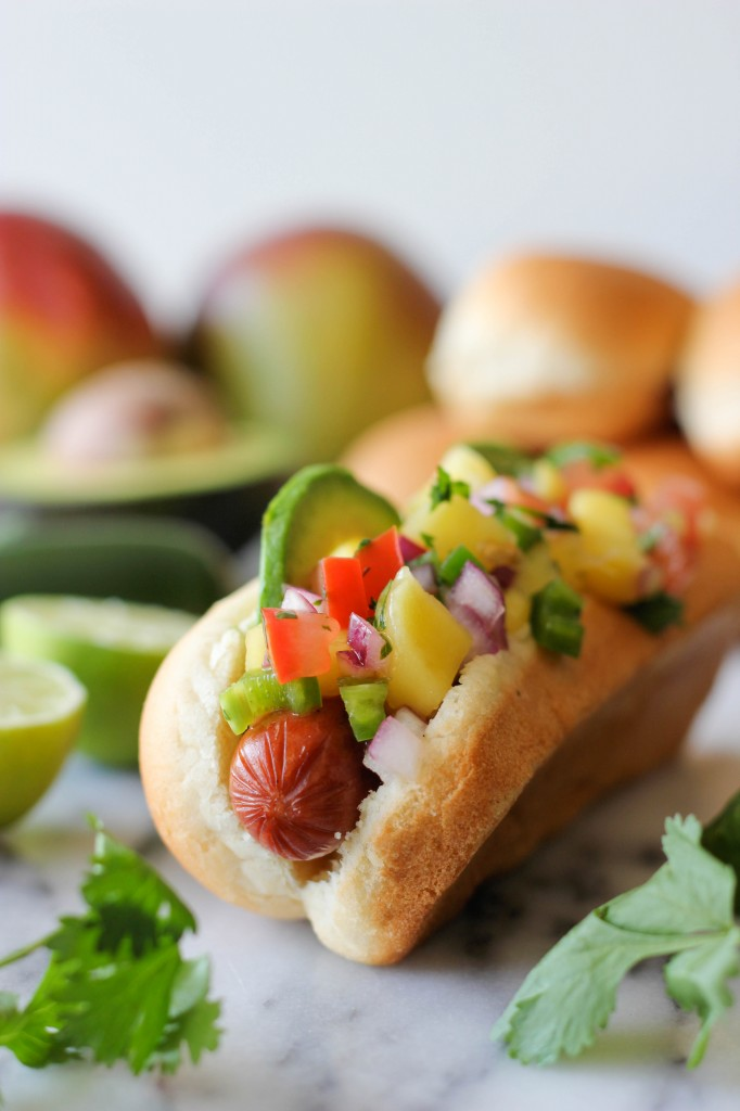 Hawaiian Hot Dogs with Mango Salsa - A simple, yet refreshing summer hot dog loaded with a spicy mango salsa!