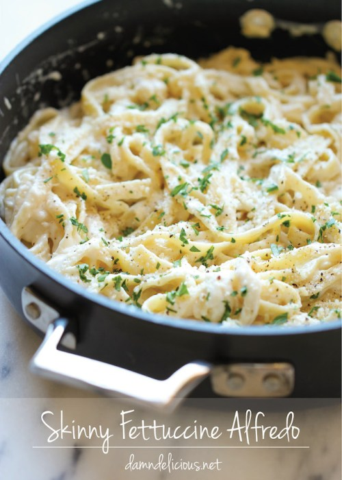 Skinny Fettuccine Alfredo - A rich and creamy lightened up alfredo sauce that tastes just as good as the original!