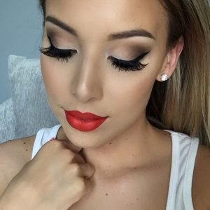 makeup-look-red-lips