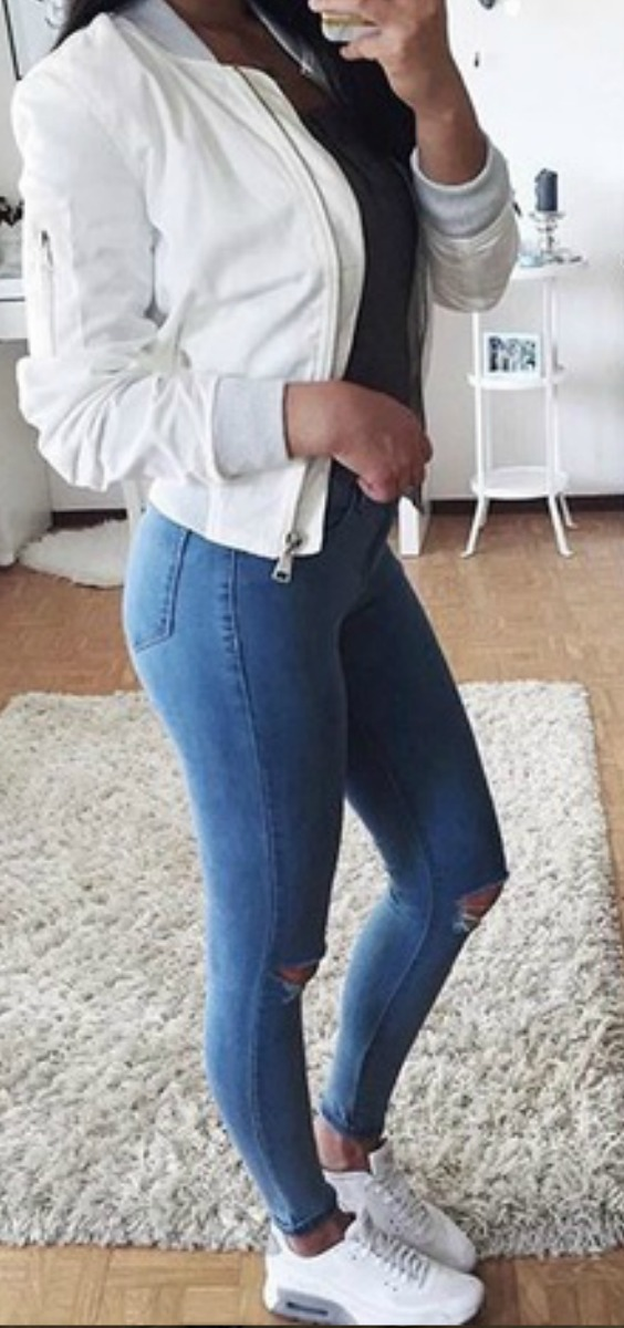 white-bomber-jacket-jeans-sneakers-outfit-ideas-teen-girls