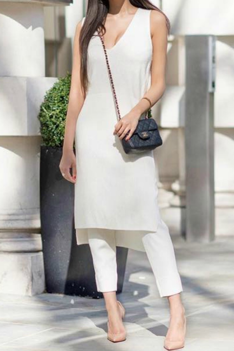 office work outfit for spring and simmer cream pants and cream long top with nude pumps