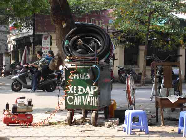 Vietnamese bicycle repair shop