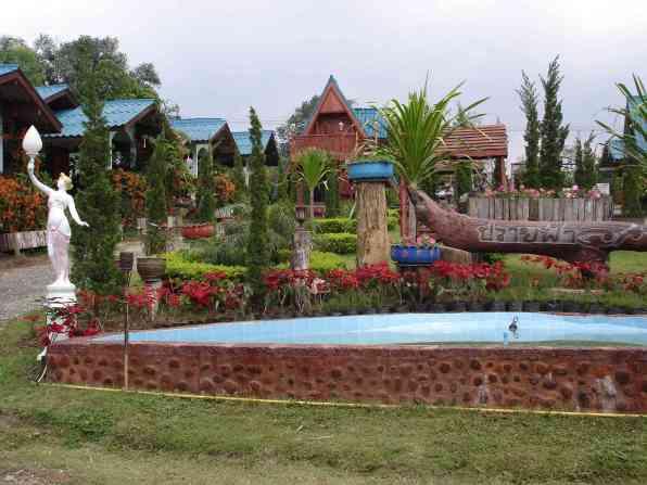 Fah's resort