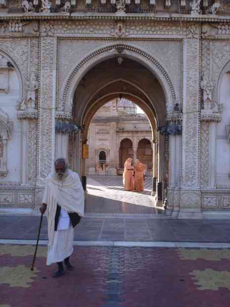 A sadhu leaves the rat temple having visited some of his past life's relatives