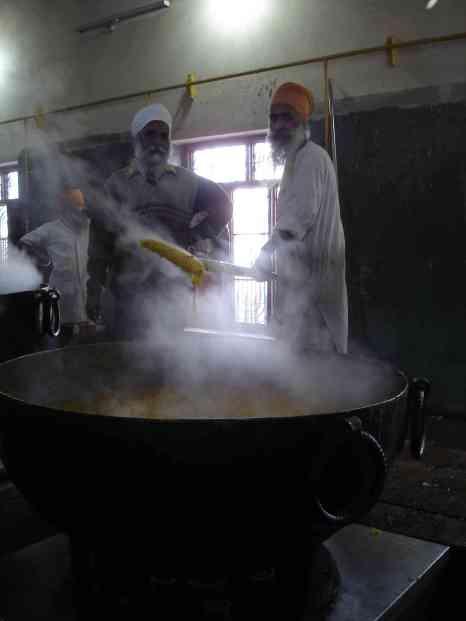 Volunteers pulling together at the Golden Temple's guru ka langar