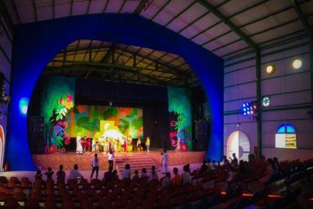 Sân khấu