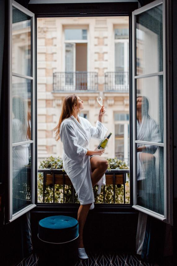 Staying at Le Roch Paris | Ultra Chic 5 Star Hotel- Where to stay in Paris