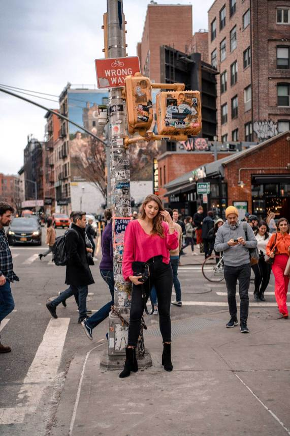 Best Soho NYC Instagram Spots: 10 Photo Worthy Spots You Can't Miss | NYC Photoshoot locations