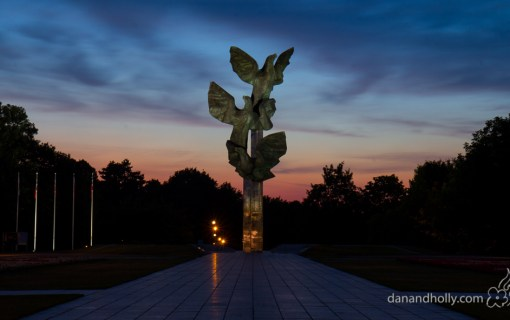 POTW: The Three Eagles Monument