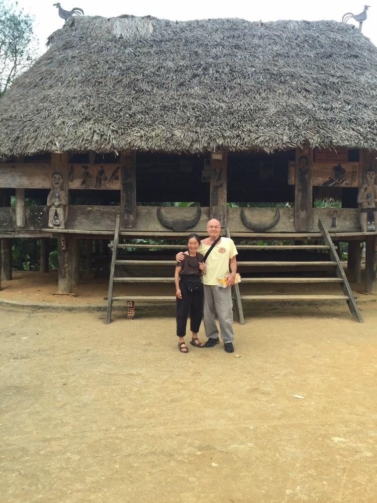 da nang backpacker tourist