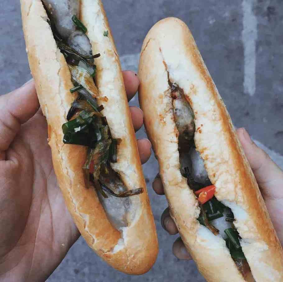 Bánh mì bột lọc Huỳnh Thúc Kháng