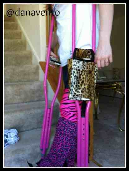 cast coverz and a smile, cast coverz, kallie, legs, arms, broken legs, broken arms, crutches, covers for casts, covers for crutches, dana vento, pittsburgh frugal mom, kids, teens, tweens, toddlers, adults, grammas, grandpas, fashion, style, trending