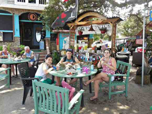 Ocracoke allergen free dining, food allergies, eat, food, foodies, food allergies on ocracoke, eating, restaurant, street vendor, food, foodies, food blogger, travel blogger, nicoles, dana vento, ocracoke island