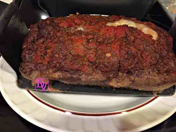 Pepperoni, provolone, meatloaf, meat, stuffed, meat meal, stuffed meatloaf, chef tony, chef tony stuffed meatloaf pan, food, food blogger, dana vento, sauce, cheese, easy to make, fast to make, pizza, pepperoni in meatloaf, cooking, recipe, recipes, homemade, dana's kitchen, Love Cooking Company, Ad