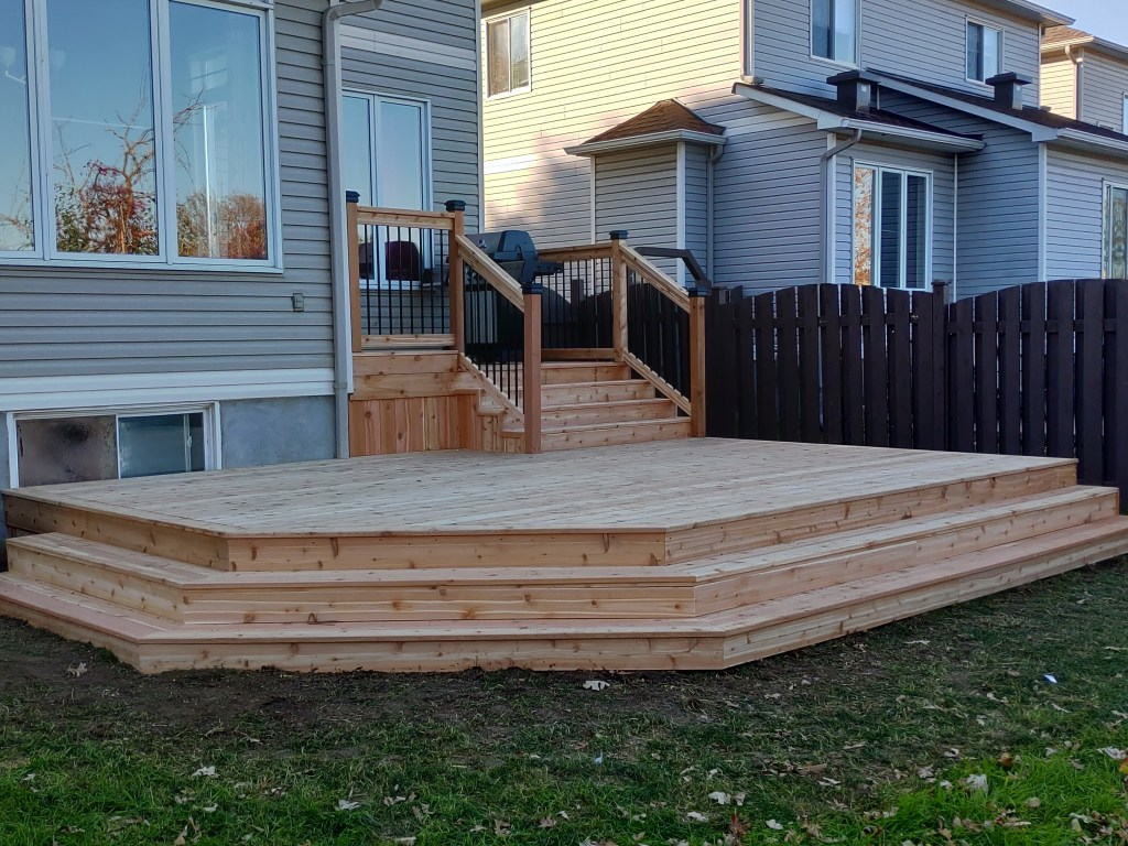 Deck Builders Ottawa