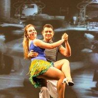 Professor, bailarino e coreógrafo, Marcelo Leal já está em tournée pela Europa