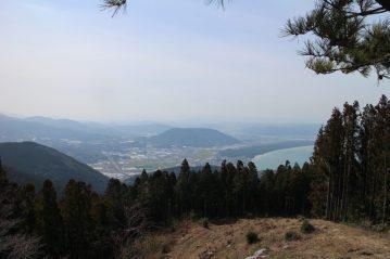 鏡山と虹の松原