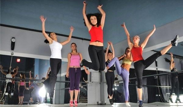 Общие рекомендации: как похудеть, занимаясь танцами – правильно организуем танцы для похудения дома. Какие танцы выбрать для похудения — спортивные, бальные, уличные или латиноамериканские