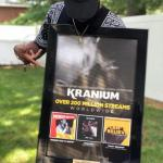 kranium-received-plaque-for-hitting-200-million-streams-world-wide-21907053