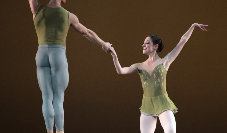 Derek Dunn and Hannah Bettes in Jorma Elo's Fifth Symphony of Jean Sibelius Photo: Rosalie O'Connor, courtesy of Boston Ballet