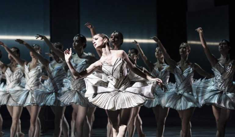 Luiza Lopes and the Royal Swedish Ballet in Pär Isberg's The Dream of Swan Lake  Photo: Carl Thorborg