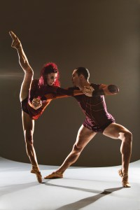 Céline Cassone and Mark Francis Caserta in Itzik Galili's Mono Lisa | Photo: Alan Kohl