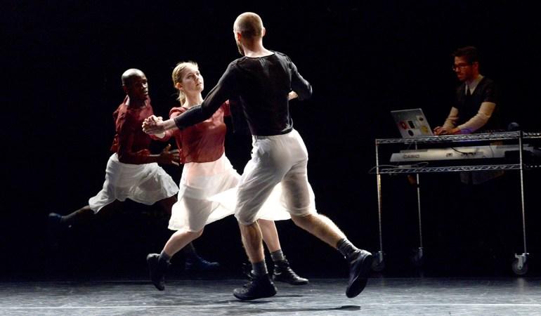 Toronto Dance Theatre's Pulga Muchochoma, Christianne Ullmark and Jarrett Siddall, and musician Thom Gill in Martingales Photo: Guntar Kravis