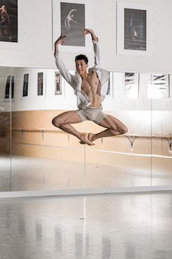 NZSD 2017 Graduate Saul Newport (now with Houston Ballet). Photo by Stephen A'Court.
