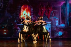 Victorian State Ballet in 'Little Mermaid'. Photo by Enpointe Productions.