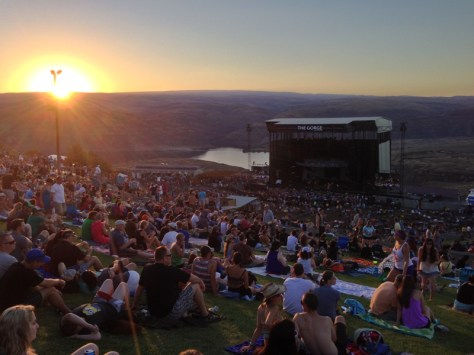https://i2.wp.com/dancemusicnw.com/wp-content/uploads/2015/04/DMB-at-The-Gorge.jpg?w=474