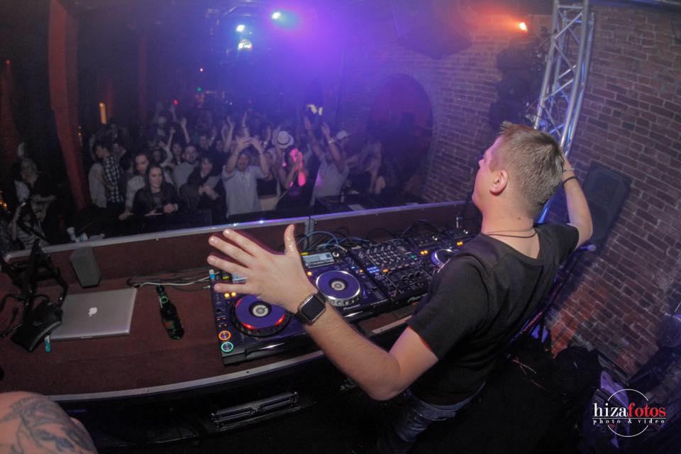 DJ Zoxy Mission Trance