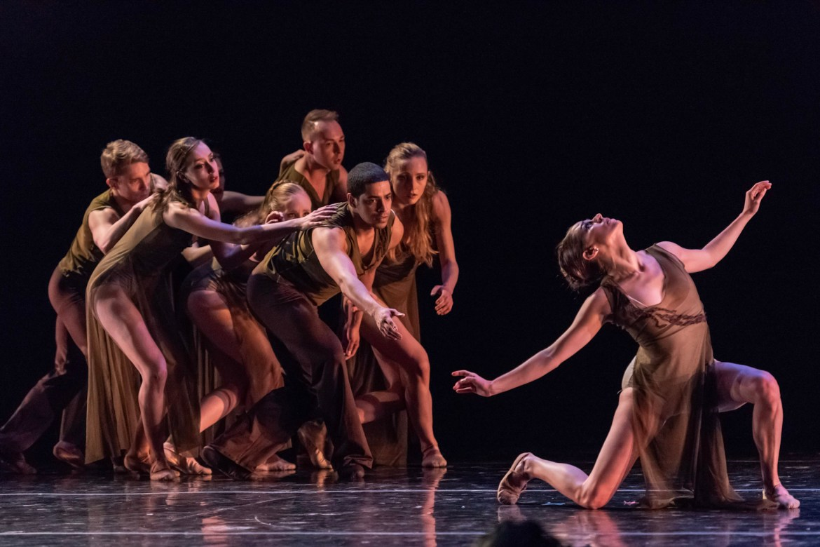 Chicago Repertory Ballet's Jacqueline Stewart and Company(Photo by Topher Alexander)