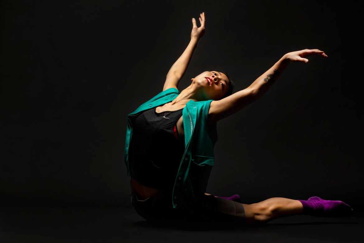 "Hubbard Street Dance Chicago Dancer Connie Shiau in Rena Butler's ""III. Third"" (Photo by Todd Rosenberg)"