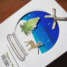 11-13-16-snowglobe-woodgrain-zoom