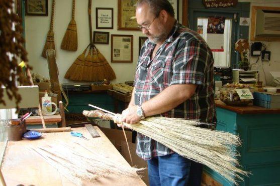 smoky-mountains-arts-crafts-community-broom